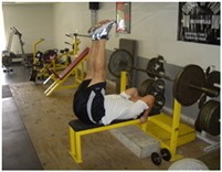 Leg raise-Bacak kaldırma hareketi nasıl yapılır?